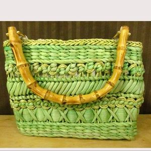Relativity Green Straw Bamboo Handles Purse